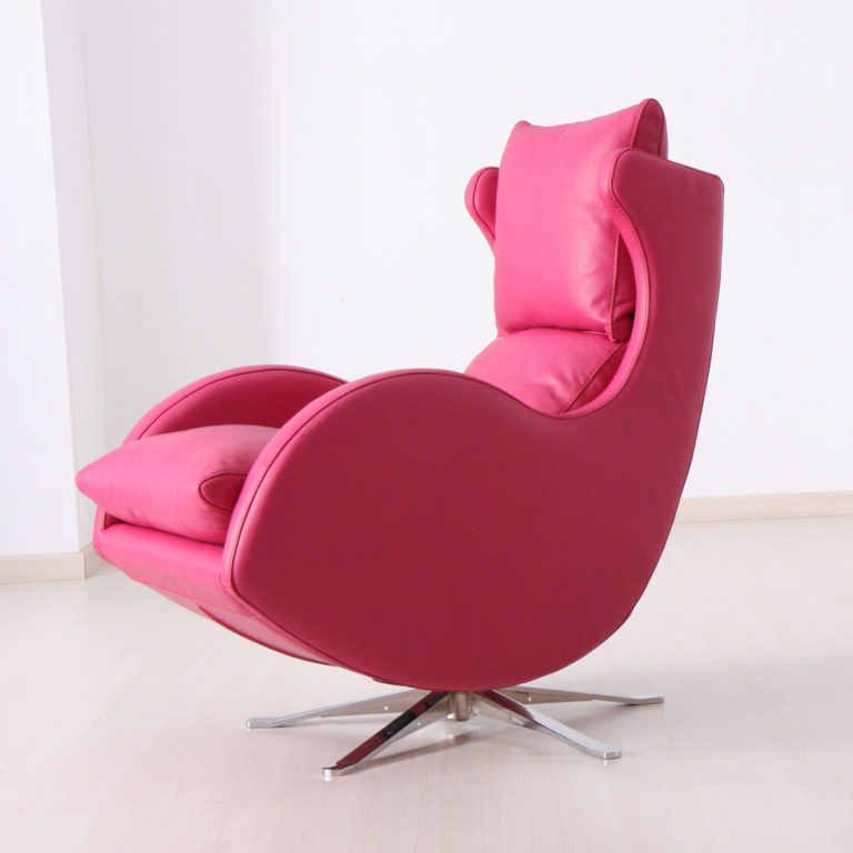 Lenny Swivel Chair in leather-0