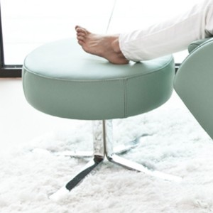 Lenny / Romeo Stool in leather-0