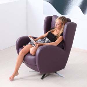 Romeo Swivel Chair in leather-47543