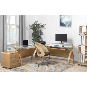 Poise office furniture in oak