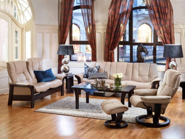 Stressless Mayfair Recliner & Stool with Buckingham Sofas