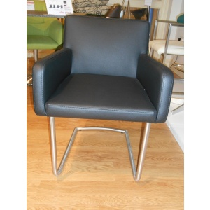 Showroom Clearance: Riva Chair in Black-0