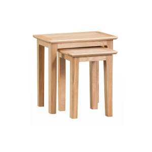 Nantes Oak Nest of 2 Tables