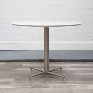 Cortina Dining Table with quartz top