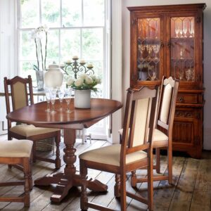 Old Charm dining collection