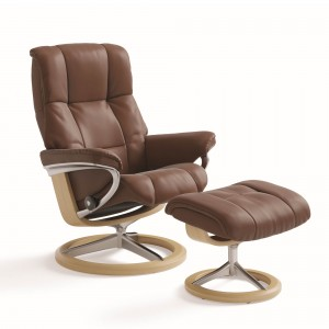 Stressless Mayfair with Signature Base in oak