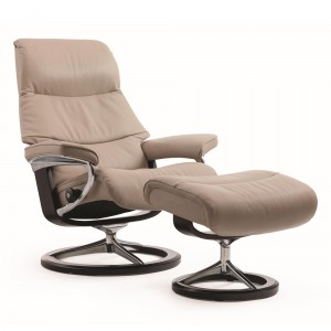 Stressless View chair & stool with signature base