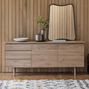 Jacobsen Sideboard in oak