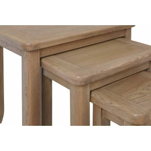 Honiton Oak Nest of 3 Tables detail