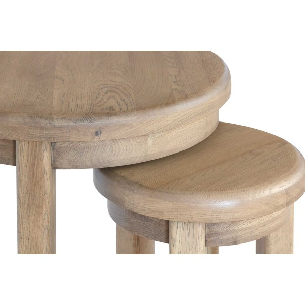 Honiton Oak Round Nest of 2 Tables detail