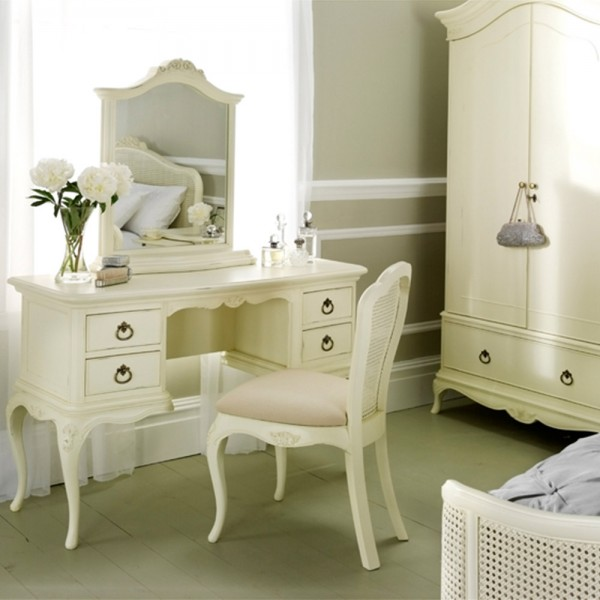 Avignon Ivory Dressing Table with mirror & chair 2