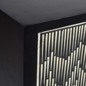 Ombre Cabinet detail 3