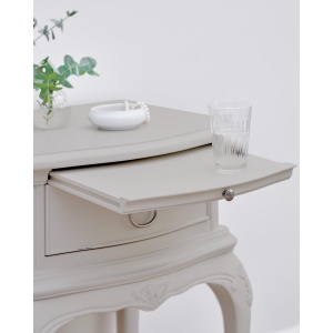 Avignon Grey 1 Drawer Bedside Chest detail 2