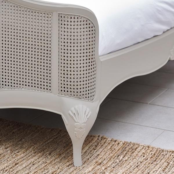 Avignon Grey Rattan Bedframe detail